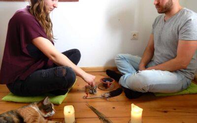 LIEBES-MEDITATION FÜR PARTNER UND SINGLES